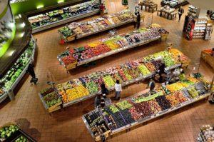 regały z warzywami